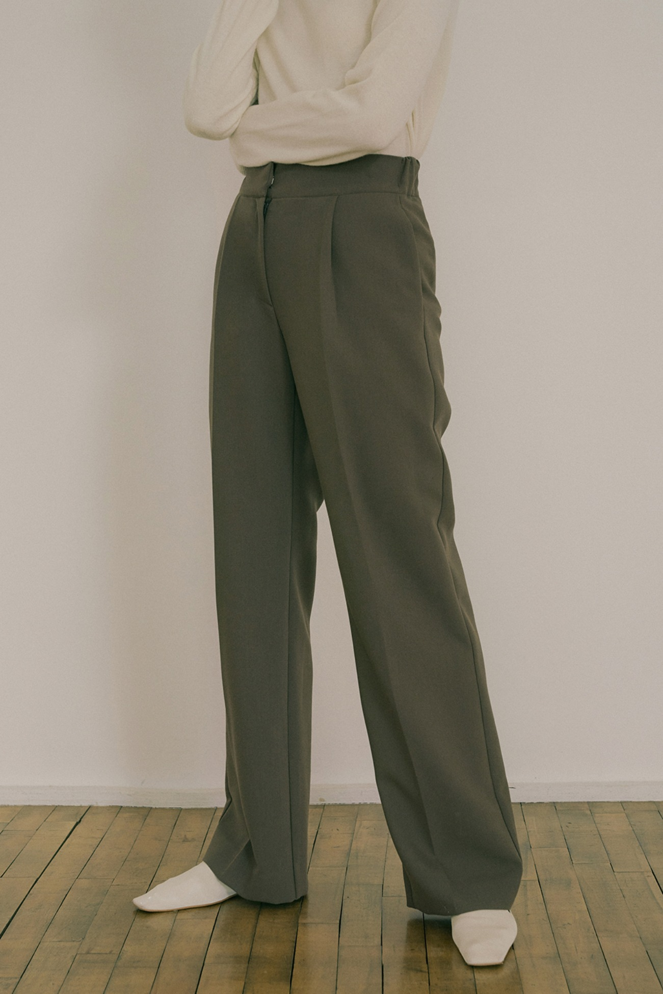 20 FW STRAIGHT-FIT LONG SLACKS