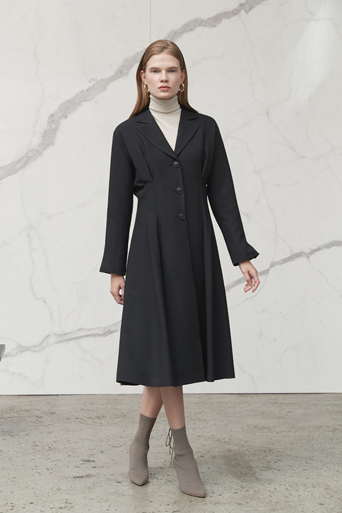 Trench Pintuck Dress (Black)