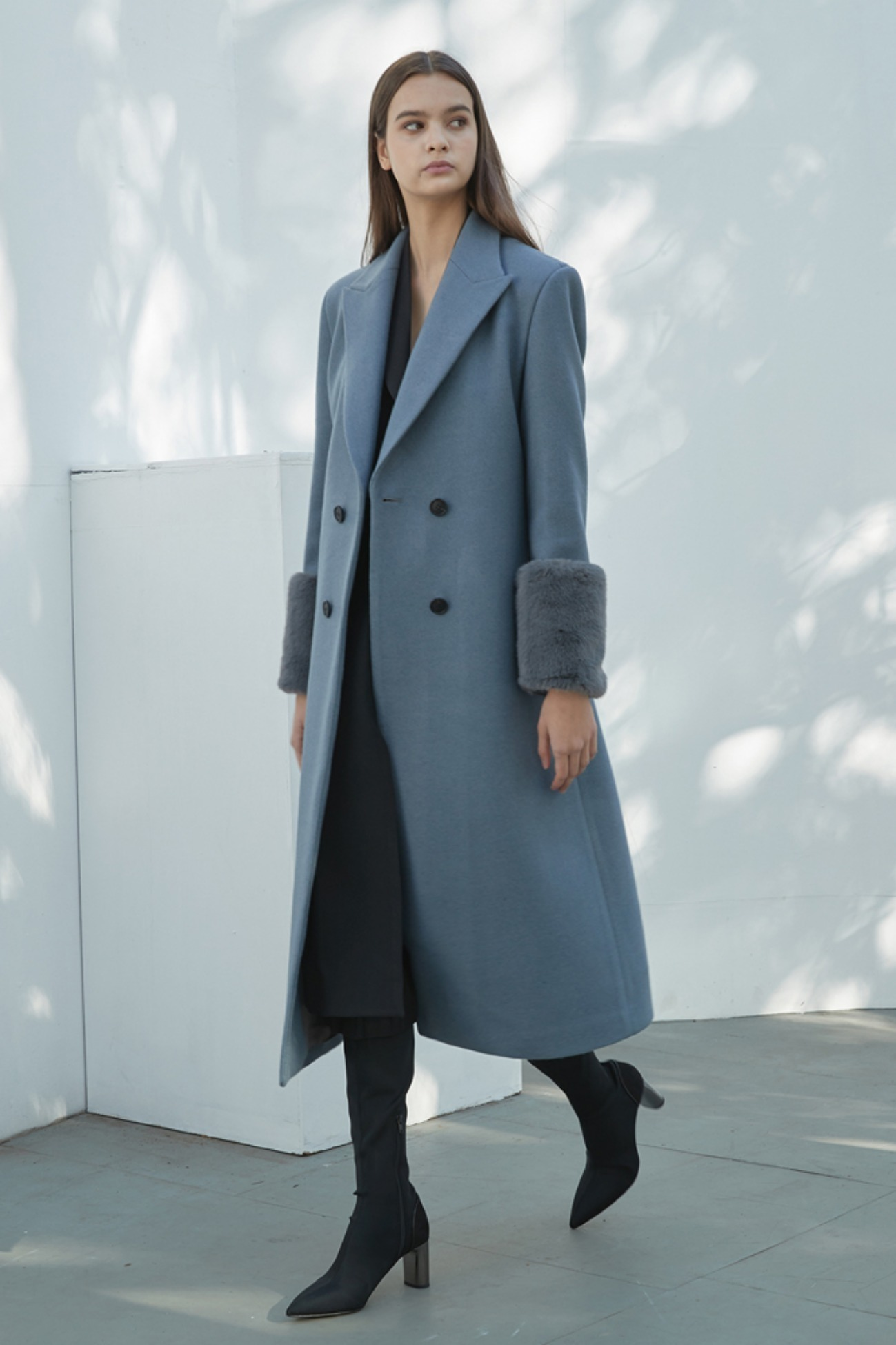 GreenHouse Coat Sleeve Fur Long Double (Sky Blue)