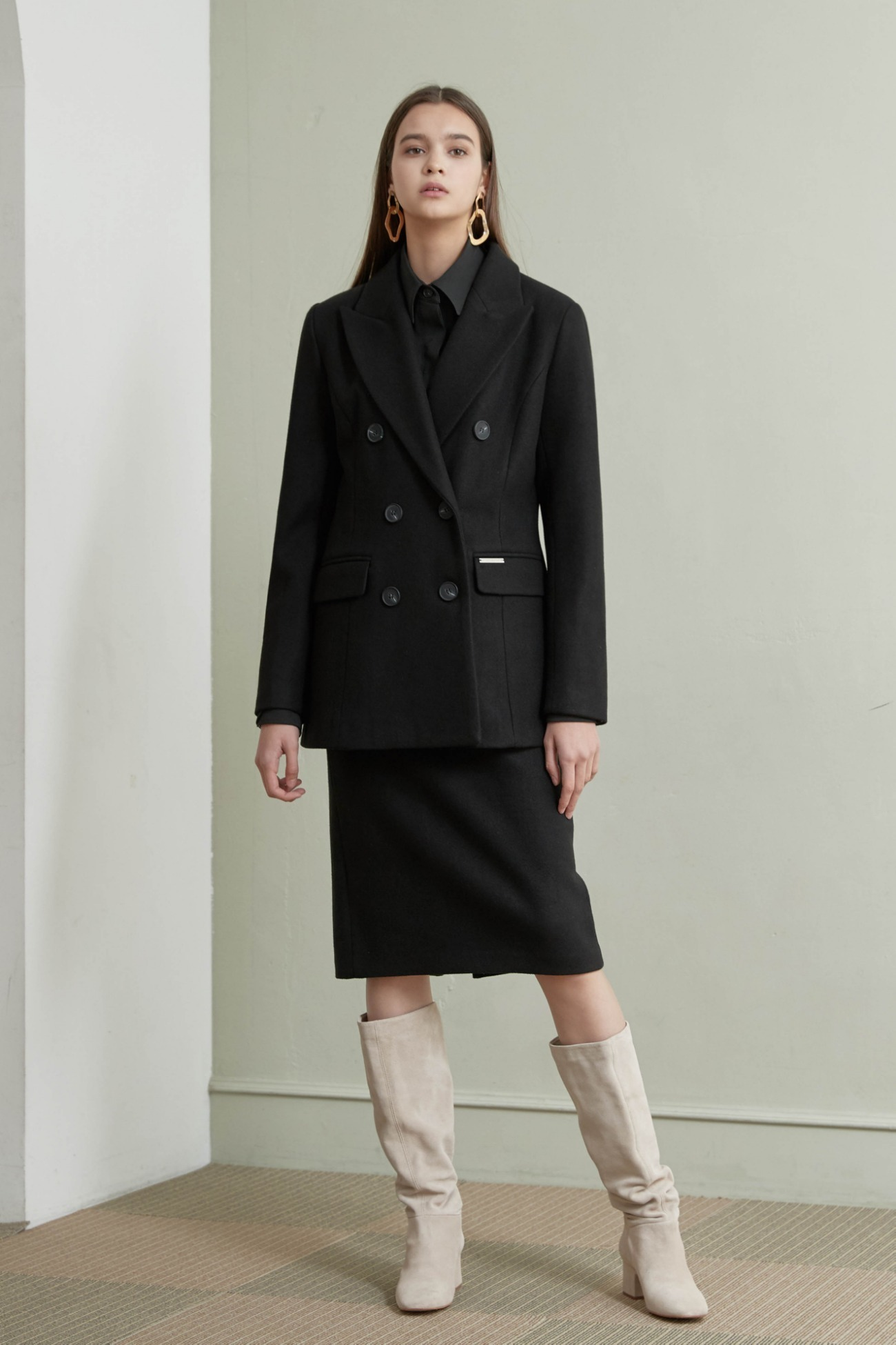 Coat Double Half (Black)