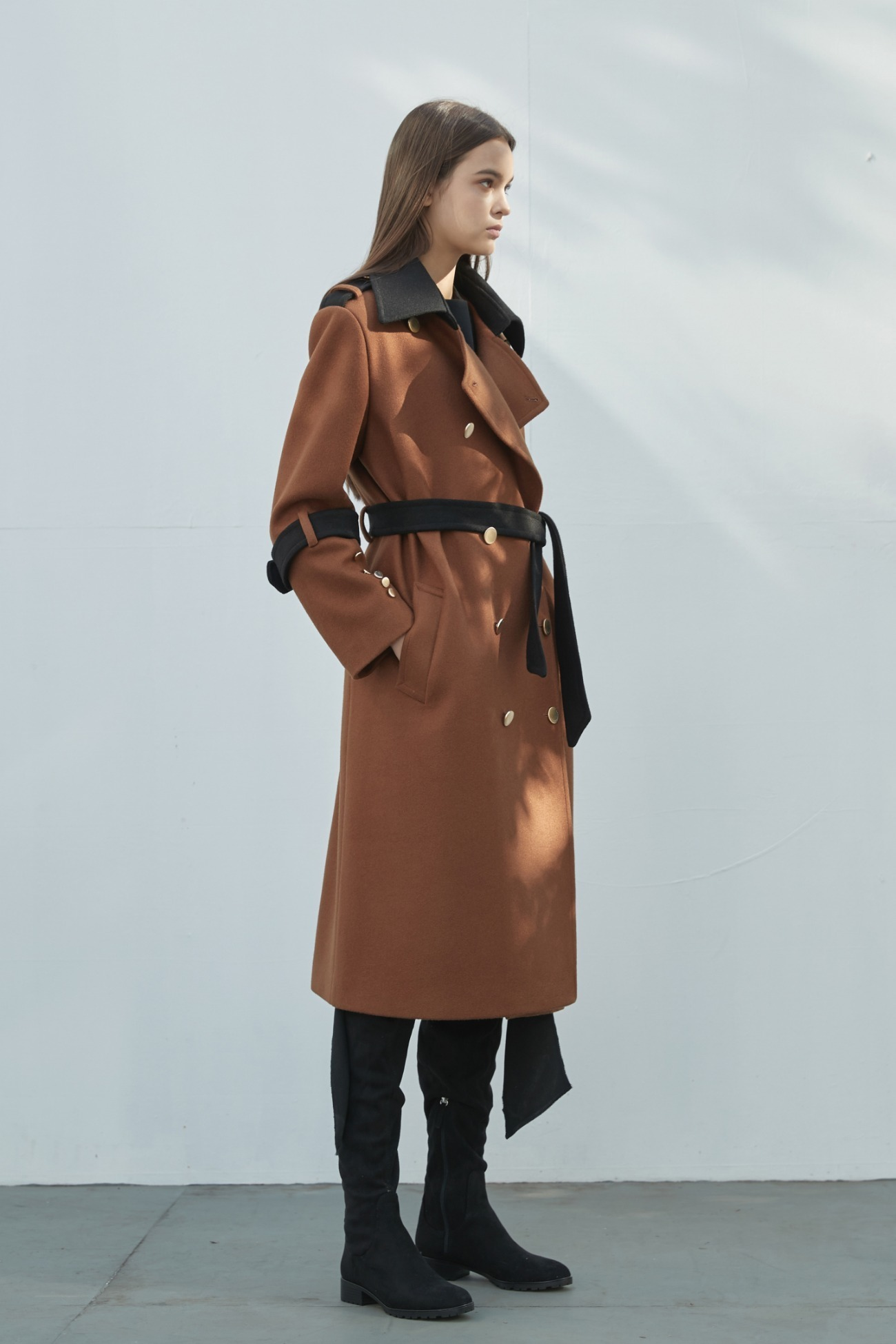 Coat Bicolor Gold Button (Black & Brown)