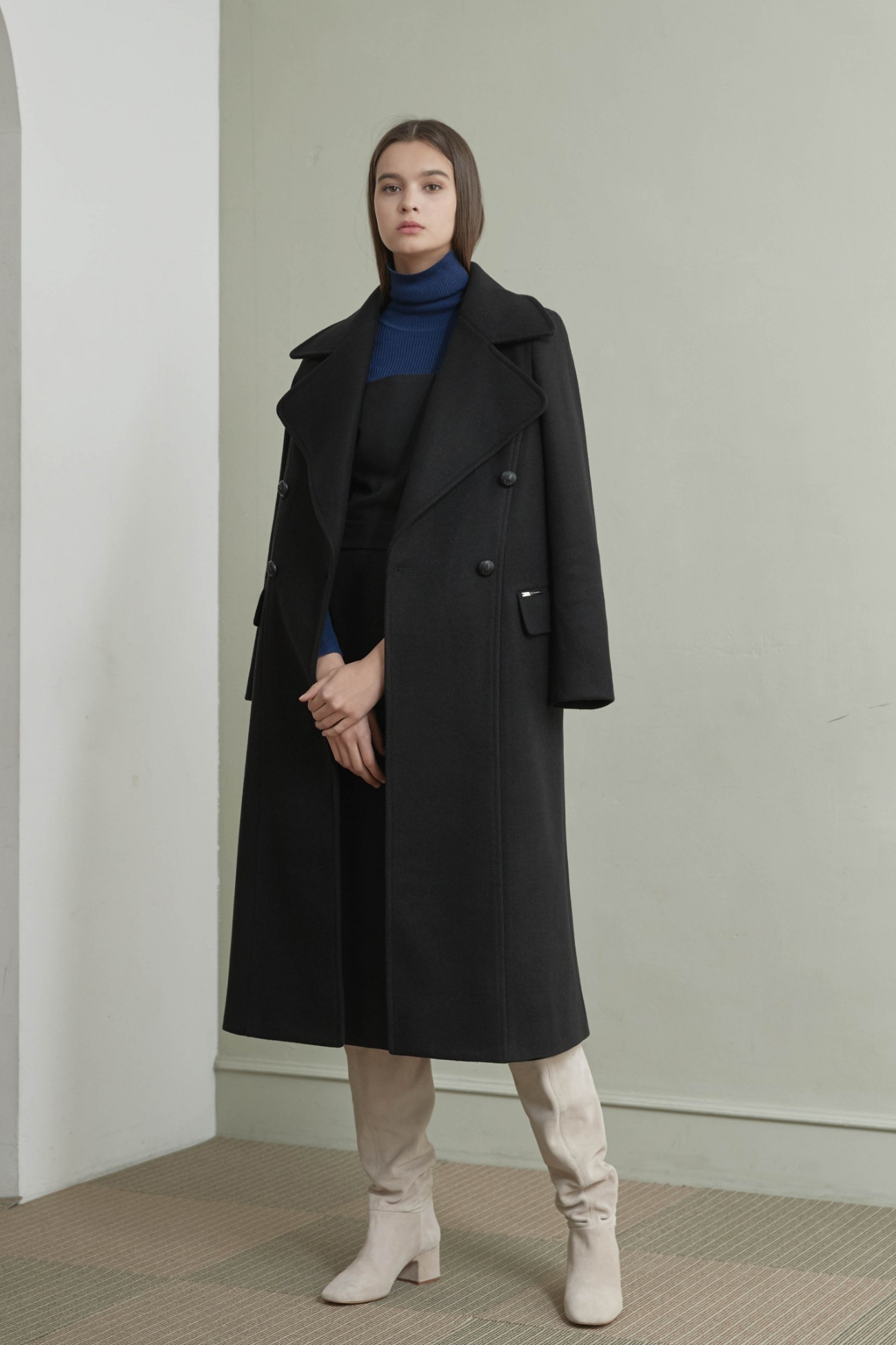Coat Double Long (Black)