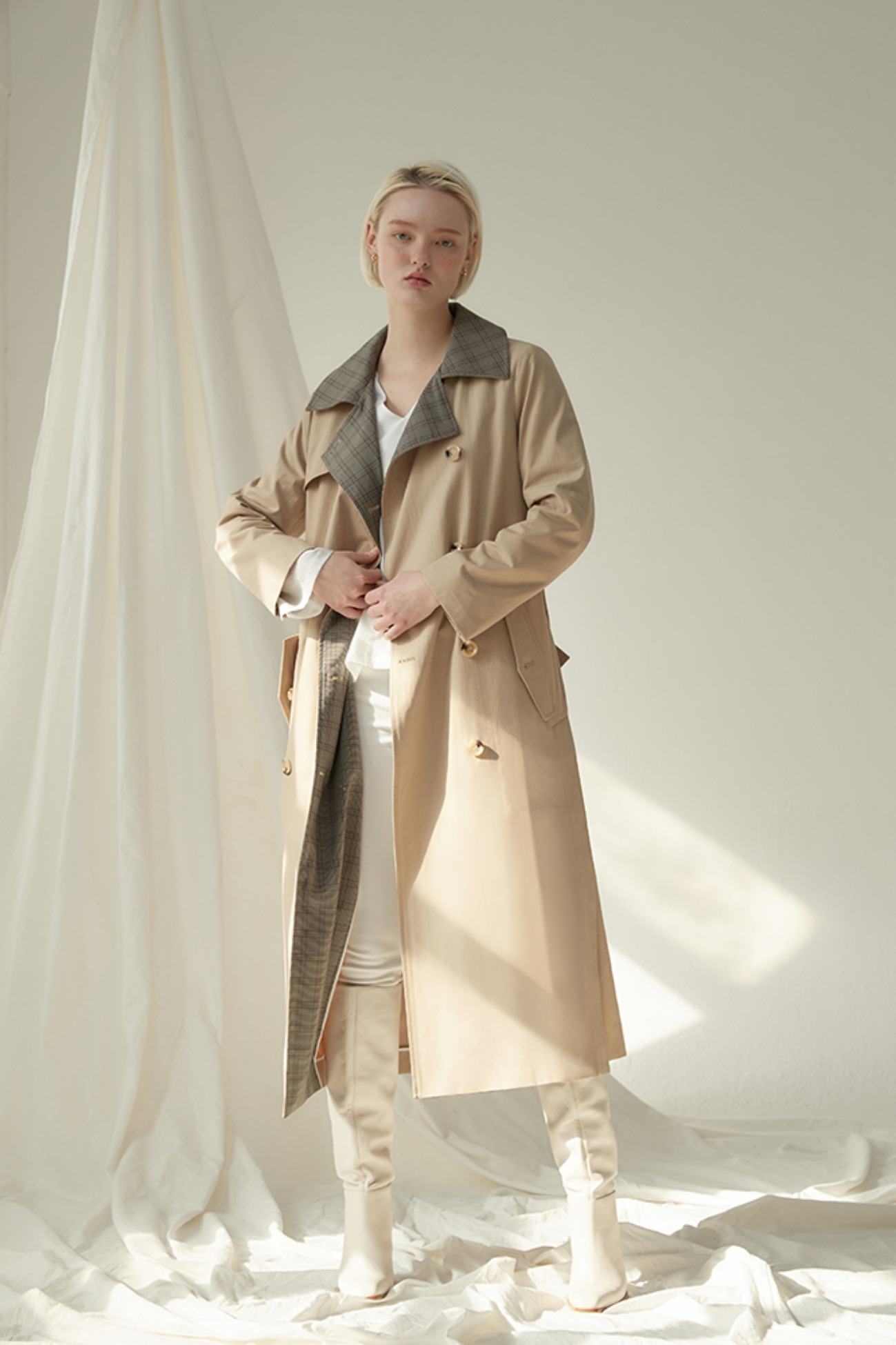 Trench Coat In Check Brown (Beige)