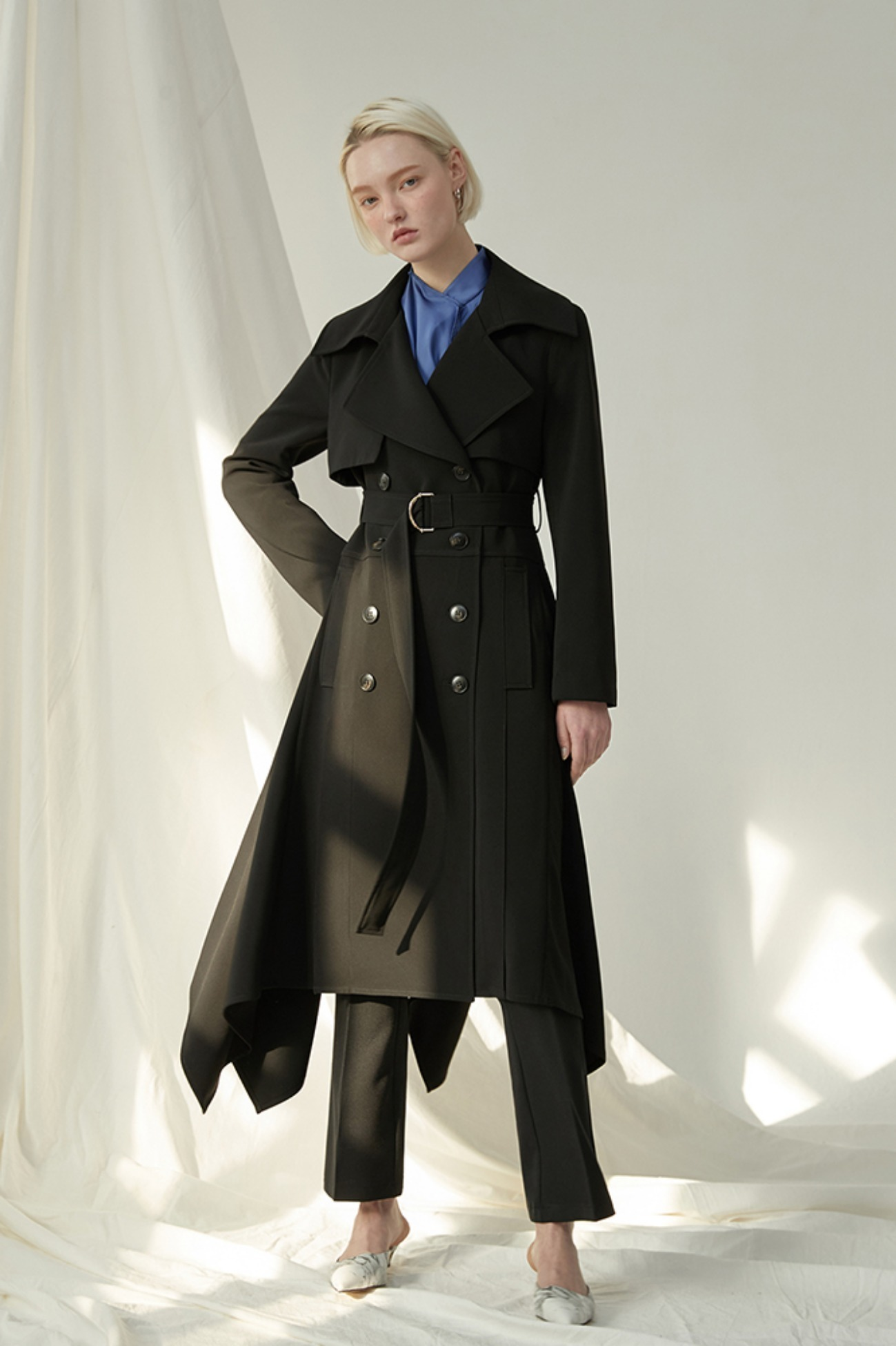 Ruffled Trench Coat In Faille (Black)