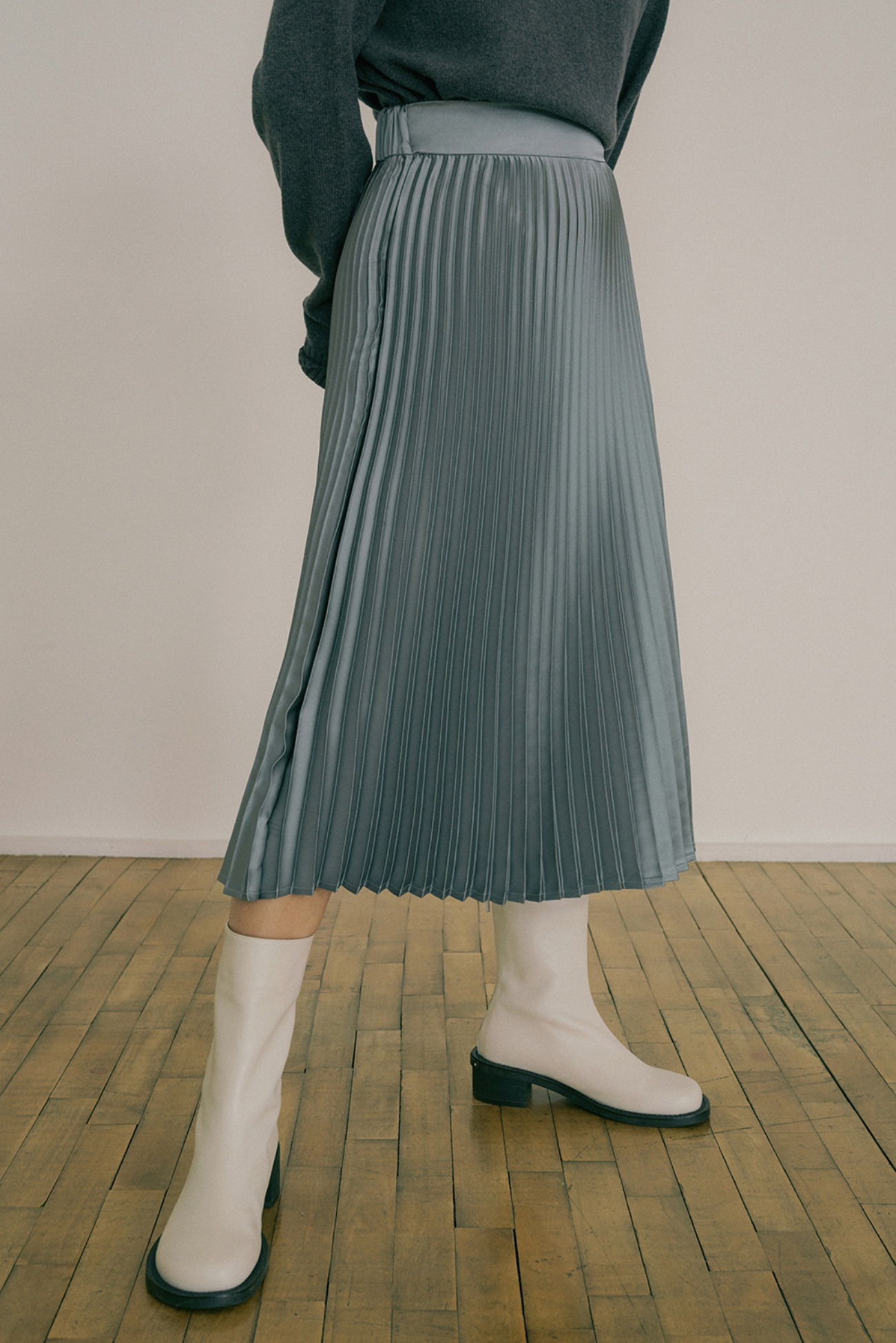 20 FW PLEATS MAXI SKIRT