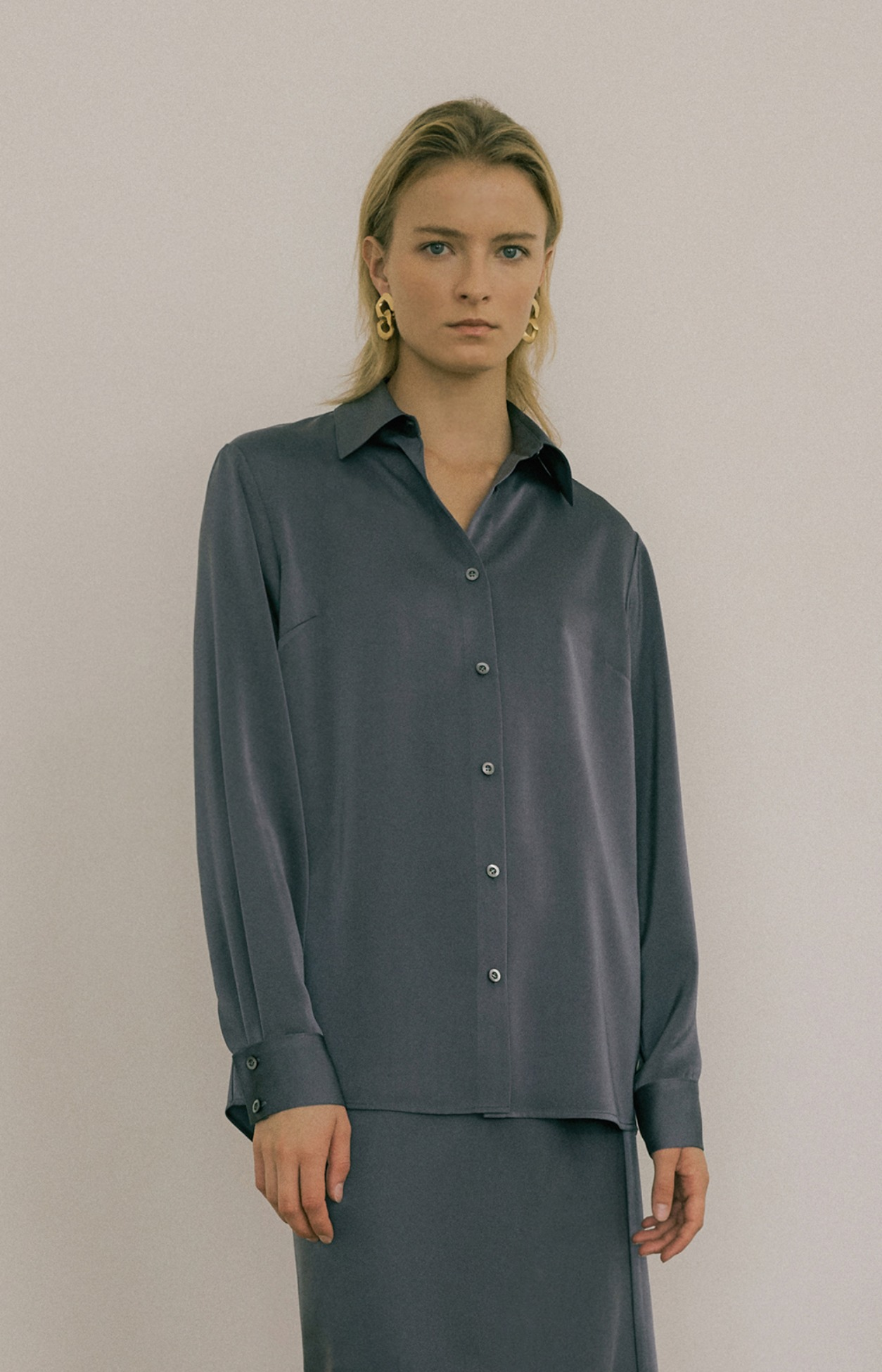 20 FW BASIC SATIN BLOUSE