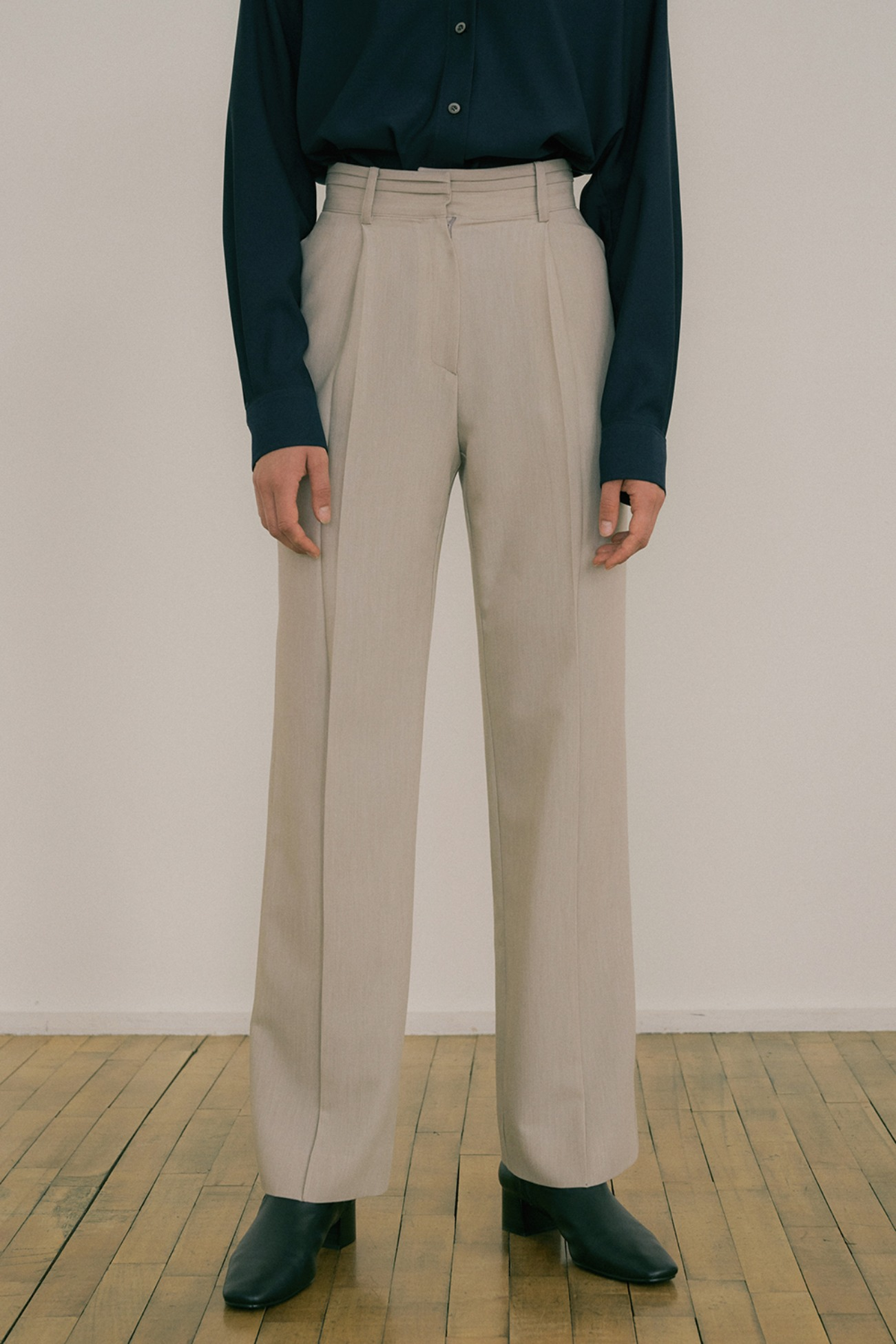 20 FW DOUBLE TUCK POINT  SLACKS